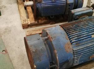 Lot de moteurs électriques ABB 3GKP 281 220-BDG