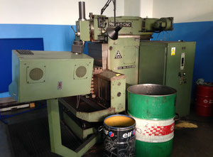 Frezarka uniwersalna CNC TOS FNG 40