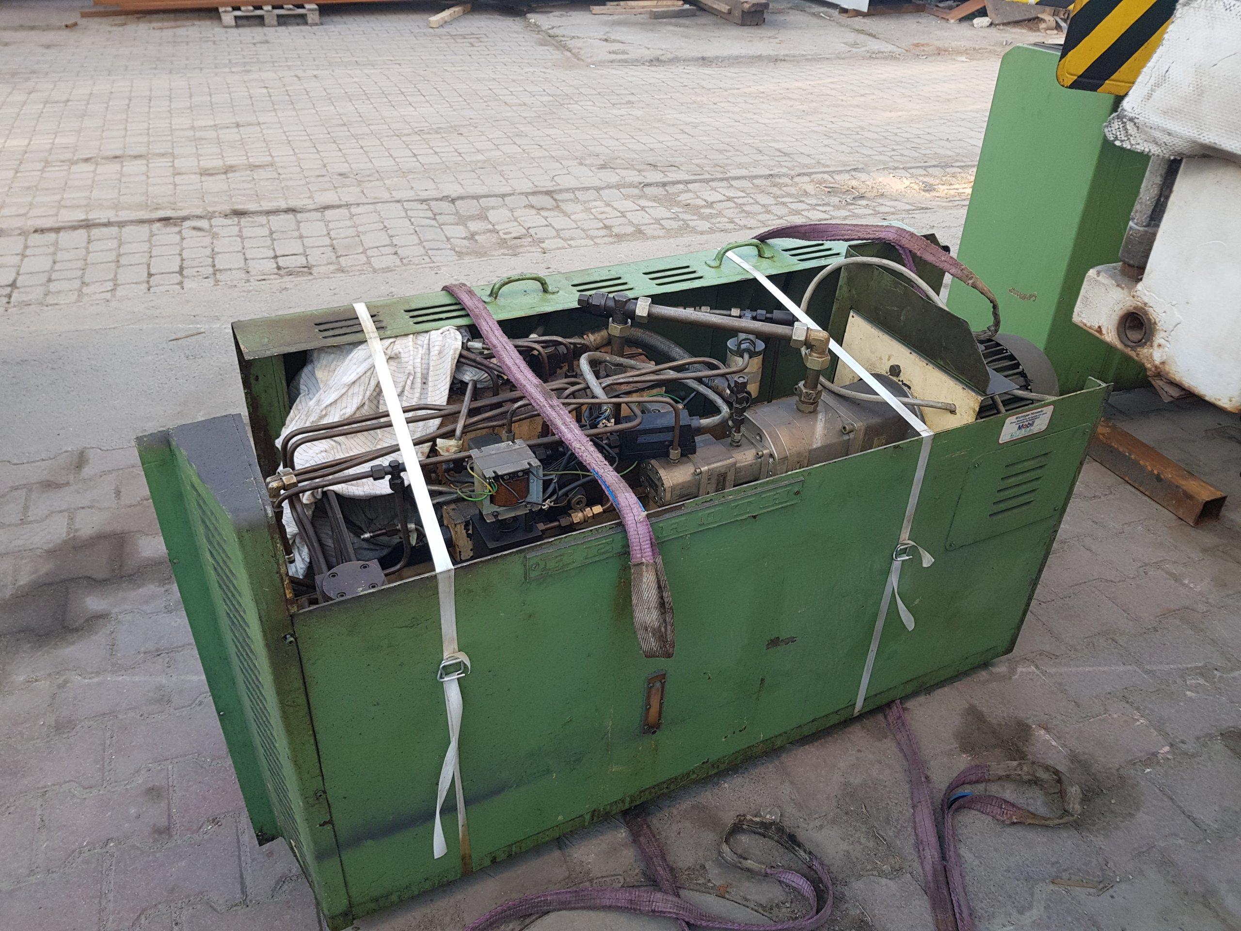 Modernistyczne Szlifierka płaszczyznowa magnesowa 1000x300 Maszyny używane - Exapro JE99