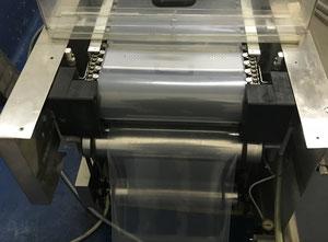 Línea de moldeo, llenado y sellado CFS Compact M360