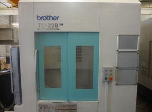 Centro di lavoro verticale Brother TC-32BN