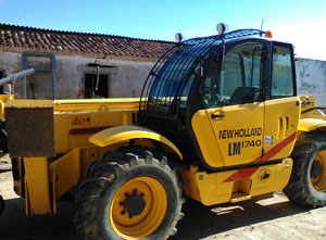 Carrello elevatore New Holland LM 1740