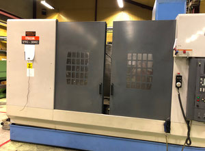 Mazak VTC 300C Machining center - vertical