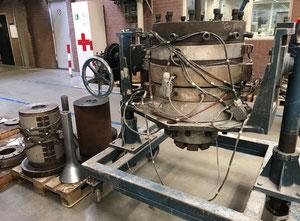 Maszyna do przetwórstwa tworzyw sztucznych Battenfeld R 250