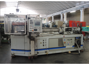 Uniloy IBS 70-3 S Blowmoulding machine