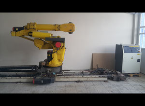 Fanuc Robot S-420iF System R-J2 with Sliding