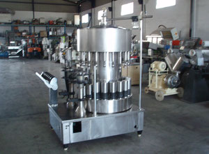 Stroj na plnění lahví Egarpack LLR 20