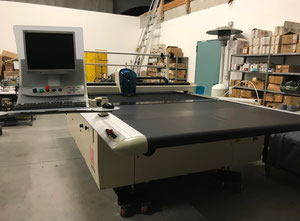 Lectra Vector FP Automated cutting machine