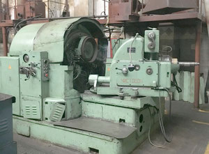 Gear grinding machine for spiral bevel gear set model 5A872