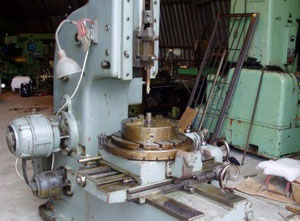 HOV25 Slotting machine