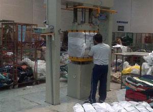 Compacteur de déchets Dabizzi Baling Systems Srl D1-IND-30-CB