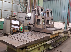 TOS WHN 13.8 A Table type boring machine