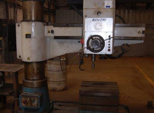 Excel RD1250 Radial drilling machine