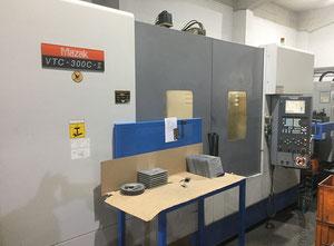 Mazak VTC300-II Bearbeitungszentrum Vertikal