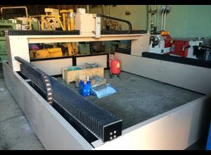 Impianto di taglio con getto ad acqua PTV WJ3030B-1Z