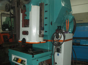 Zts Kosice LE-250C metal press