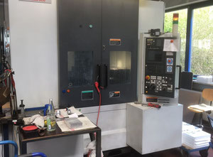 Centro di lavoro verticale usato Mori-Seiki NV 4000 DCG
