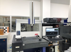 Used Mitutoyo Crysta-Plus M 544 Measuring unit