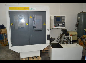 Fanuc Robocut α-OB Wire cutting edm machine