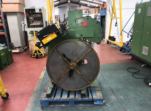 Atkin 500kg decoiler and leveller