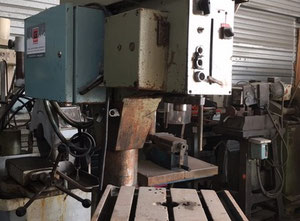 Adam MC32 Pillar drilling machine