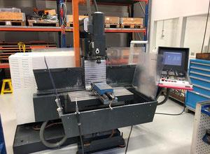 MAHO 500 E2 CNC-Fräsmaschine Universal