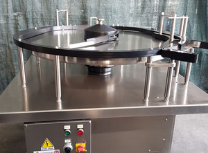IMA  Mod. RT100 - Rotary accumulation table used
