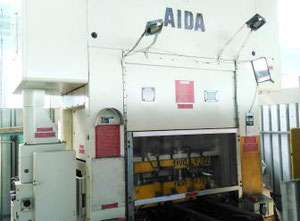 Prasa do kucia na zimno Japan press AIDA model HMX-80-1.