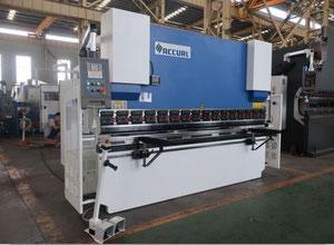 Accurl ESAY BEND MB7-160T x3200 Abkantpresse CNC/NC