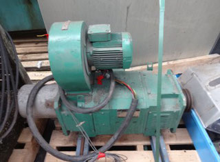 "Francis Shaw 1.5"" Extruder Model 1336 P90311107"