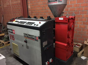 Stroj na vytlačování - Extrudér jednošroubový Cincinnati Alpha 60-25-B