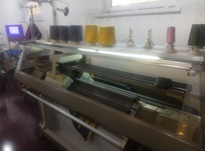 Shima Seiki NSSG122 Flat knitting machine