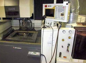 MITSUBISHI QA 20 Wire cutting edm machine