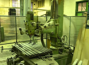 TOS FMA -U Wood milling machine