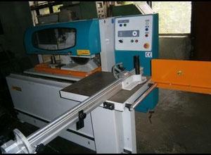 Vyvrtávačka, vrtačka a lisovací stroj na hmoždinky Zmm Haskovo TM 105