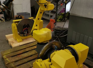 Fanuc ARCMATE 120IC Industrial Robot