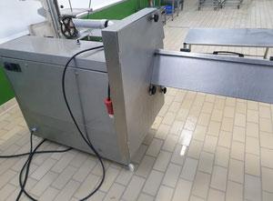 Maszyna do skórowania lub filetowania C.R.M TG 180/30/930