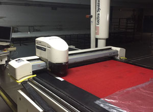 Automatický řezací stroj Lectra Vector 5000v1