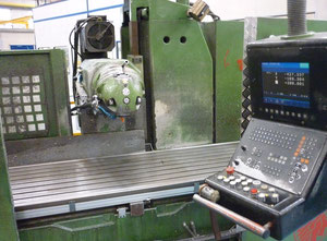 Huron PU-407 bed milling machine
