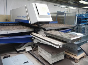 Trumpf TRUMATIC 3000R - 1600 CNC punching machine