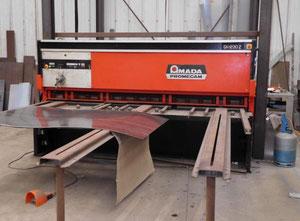 AMADA PROMECAM GH1230Z CNC Schere