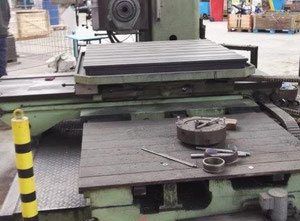 TOS W 100 A Table type boring machine