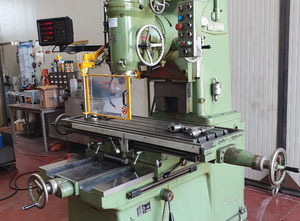 Used Sachman vertical milling machine