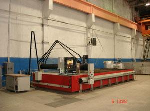 Maquina de corte con agua alta presion Omax 120X