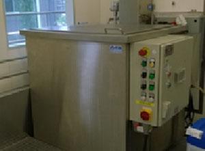 Machine de nettoyage - stérilisation Kemet Branson 8500