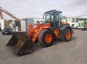 Hitachi ZW150 Loader