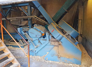 Bruk 1701M Wood chipping machine