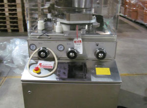 Kilian S250 Rotary tablet press