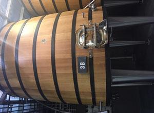Lote de 12 depósitos de vinificación de 85 HL François Frères & Seguin Moreau 85 HL