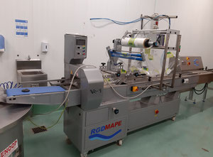 Automatic packing line, tray sealer